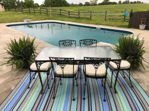 Patio Table with 6 chairs - Glass Top - Wrought Iron