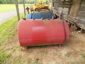 Red Fuel Tank with Hand Pump
