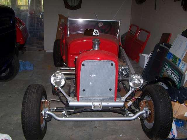 1927 Ford T-Model Roadster, fiberglass body, T-bucket