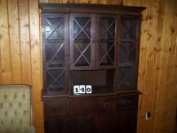 China Cabinet-Solid wood